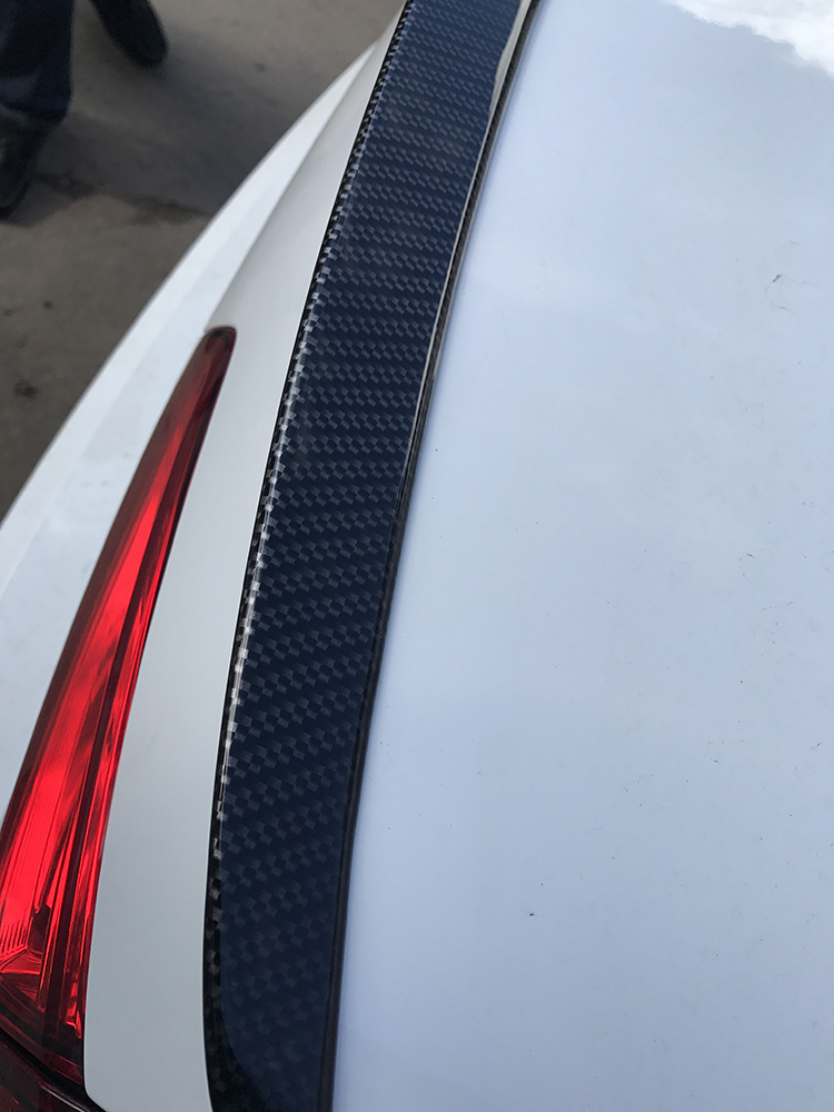 VW Jetta 2017 аквапринт крышки зеркала, спойлера под карбон